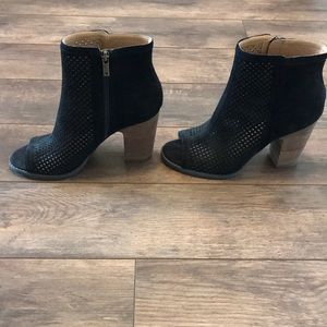 NWOT Lucky Brand 9 Black Heeled Ankle Boots